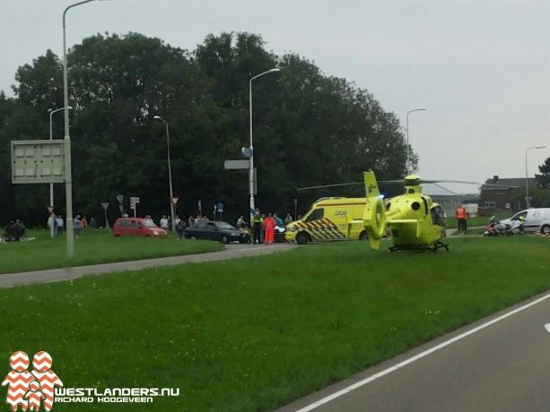 Motorrijder ernstig gewond bij ongeluk Poeldijkseweg