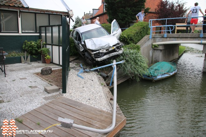 Hekwerk Pouwelslaanbrug opnieuw aan bonken gereden