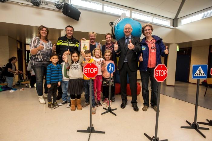 Basisschool Andreashof ontvangt SCHOOL op SEEF label