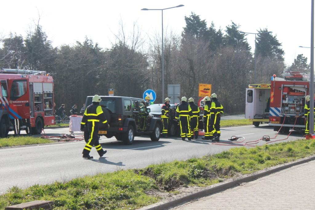 Ongeluk op de Dirk van den Burgweg
